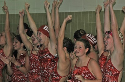 Girls' swim and dive looks to large, determined team for successful season