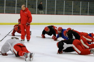 Girls' hockey team hopes to come  together in a make-or-break season