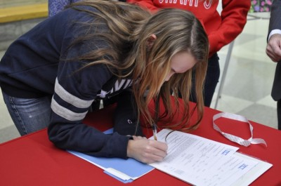 Senior Haley Jerabek signs to Xavier University