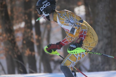 Sophomore alpine skier qualifies for Junior Championships