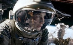 """Gravity"" is visually complex and beautifully simple in story"