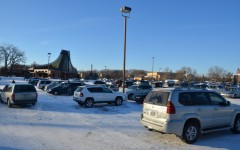 Student drivers struggle with safety in crowded parking lot