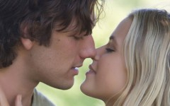 "Cliché and not particularly good, ""Endless Love"" is entertaining"