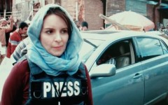 """Tina Fey portrays journalist in the midst of war in the Middle East in """"Whiskey Tango Foxtrot"""""""