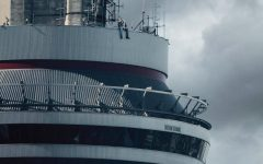 """Drake drops eclectic and electric album """"VIEWS"""""""