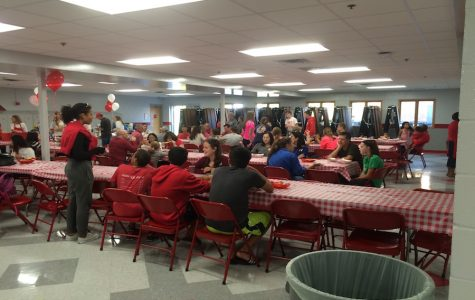 Freshmen welcomed to school with pregame cookout