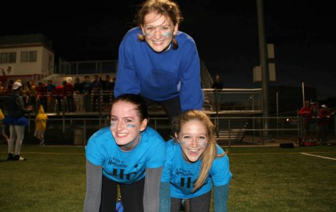 Juniors emerge victorious at powderpuff football