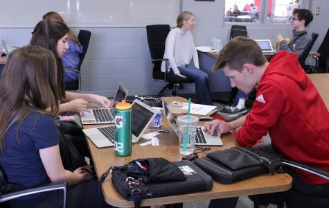 "Journalism students participate in ""writing day"""