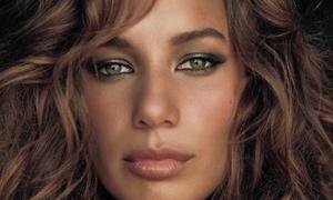 Leona Lewis's spirit tops the charts