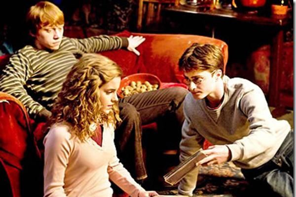 Seventh Potter film lives up to hype