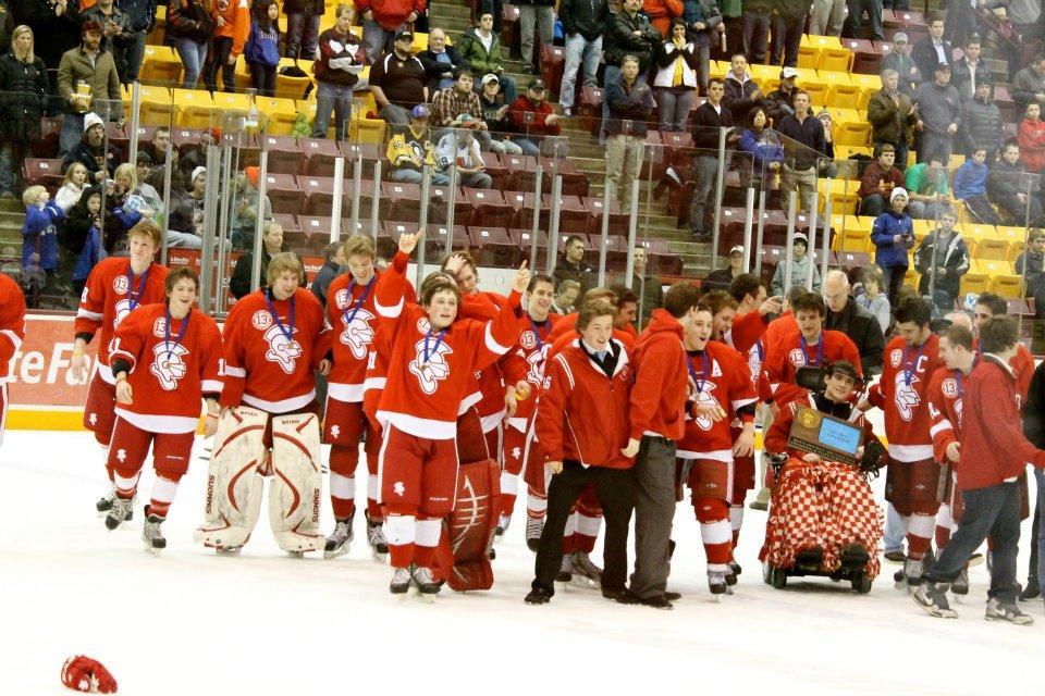 Boys' hockey headed to State after beating Minnetonka