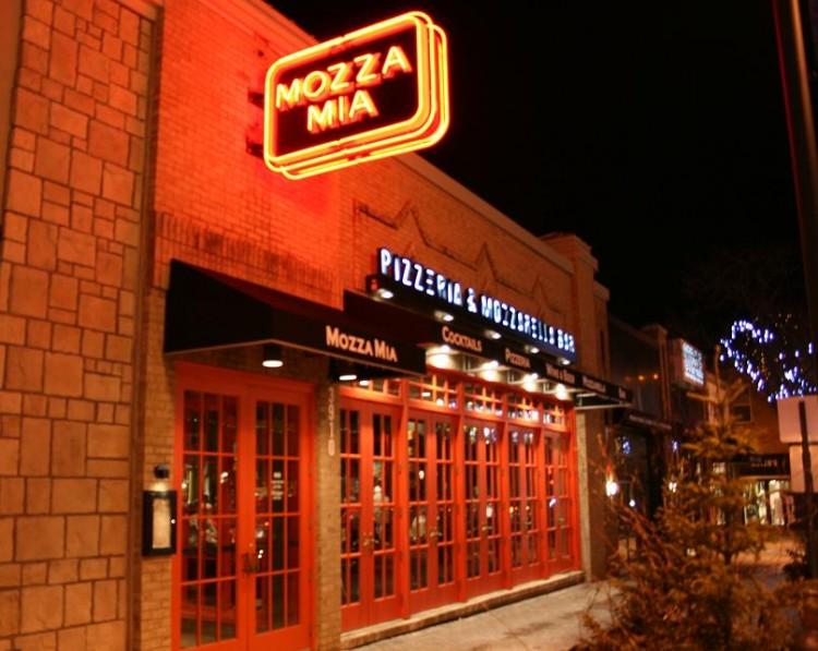 Affordability+and+atmosphere+brings+customers+to+Mozza+Mia