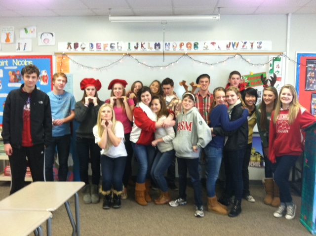 French+students+of+all+levels+caroled+for+their+peers+on+Thursday.+
