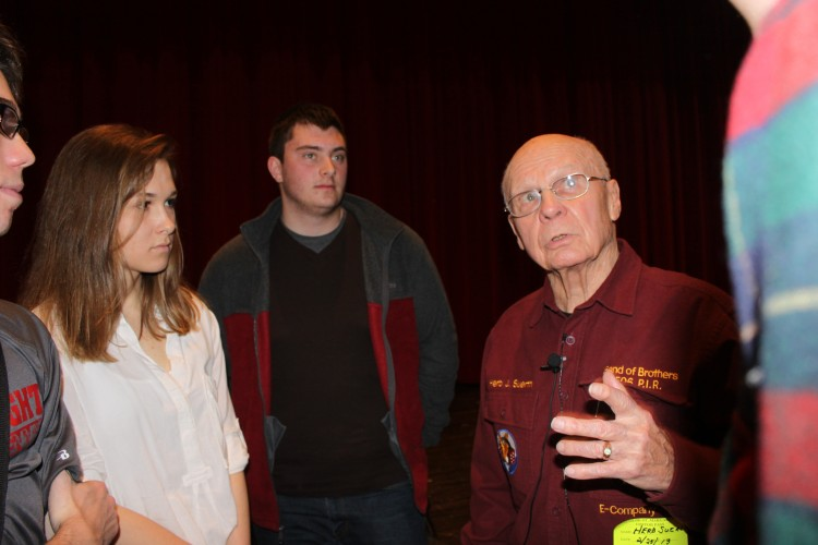 WWII veteran Herb Suerth told upperclassmen about his experiences in Europe as a member of the E-Company.