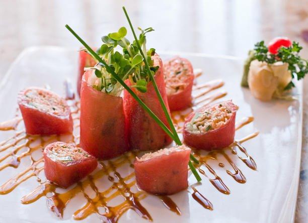 Raku+offers+a+modern+take+on+Japanese+cuisine.+
