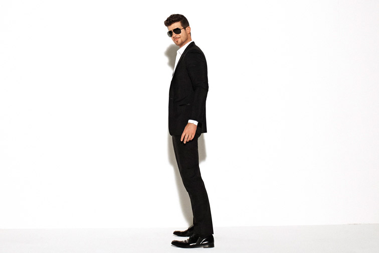 Thicke%27s+response+to+criticisms+of+%22Blurred+Lines%22+has+been+largely+non-committal.+