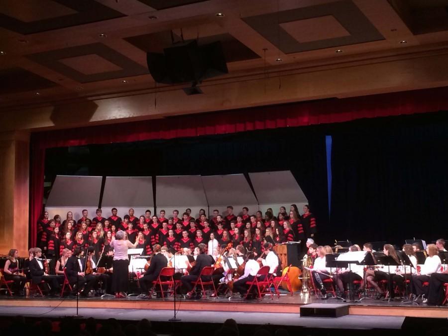 Students in the choir were directed by choir teacher Nancy Stockhaus.