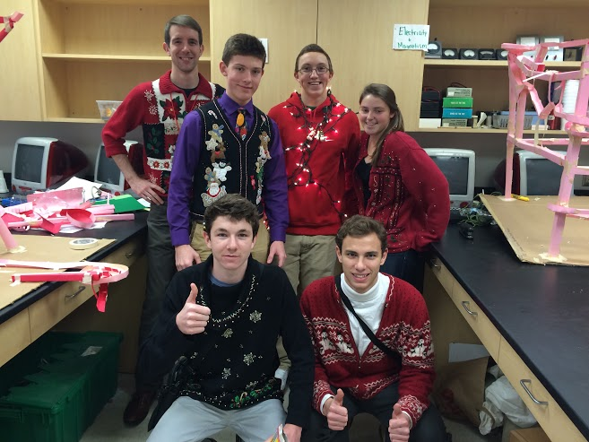 The+ugly+Christmas+sweaters+brightened+the+halls+before+winter+break.