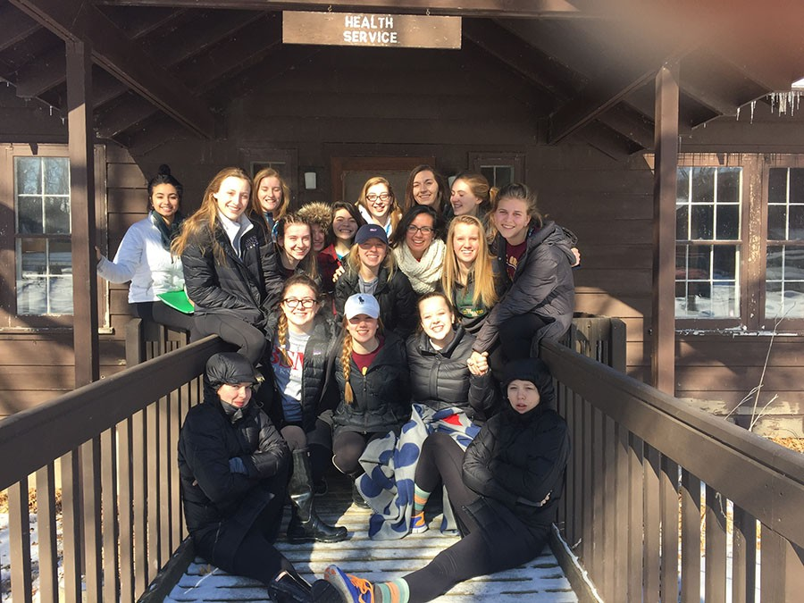 Sophomores+and+peer+ministers+stayed+at+camp+Ihduhapi+for+their+weekend+retreat.