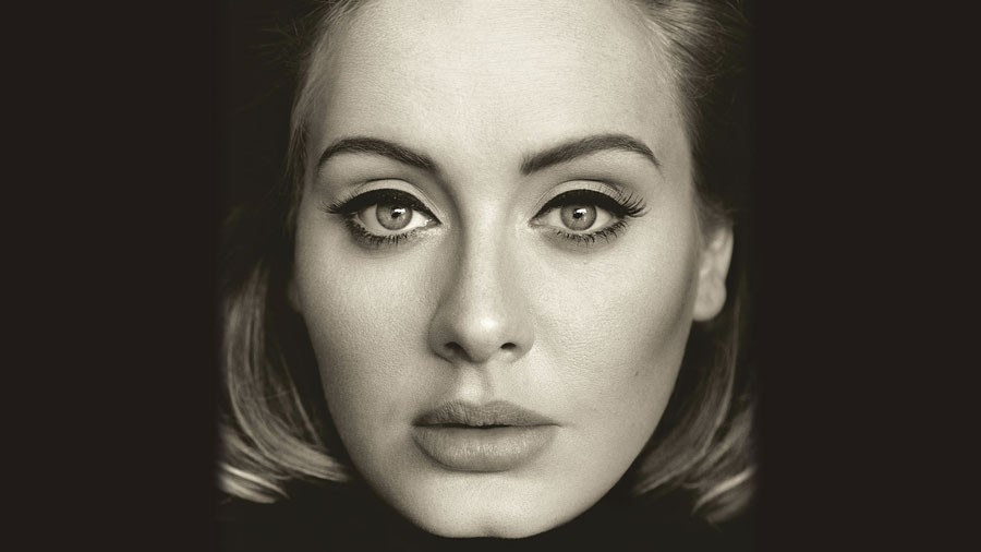 Adele%27s+new+album+%2225%22+is+a+self-proclaimed+make-up+album+that+features+her+breathtaking+vocals+belting+out+emotional+ballads.