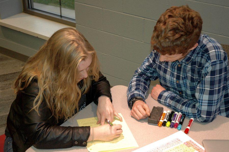 Tutors+help+students+before+school+or+doing+their+free+hour.