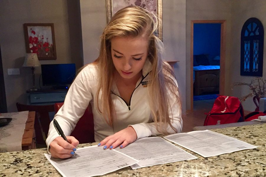 Senior+Ellie+Bahr+committed+to+Northern+Michigan+during+the+early+November+signing+period.