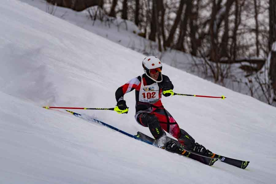 Senior+Alpine+skier+Matthew+Tucker+%28along+with+freshman+star+Abigail+Swanson%29+qualified+for+the+State+Meet+at+the+Section+5+Meet+on+Thursday.++