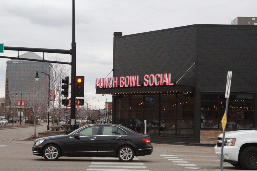 Punch+Bowl+Social%2C+conveniently+located+at+West+End%2C+provides+patrons+an+interesting+experience+that+they+cannot+find+anywhere+else.