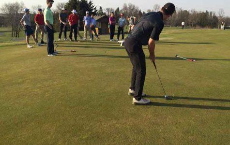 Boys' golf team looks to draw on senior leadership for successful season