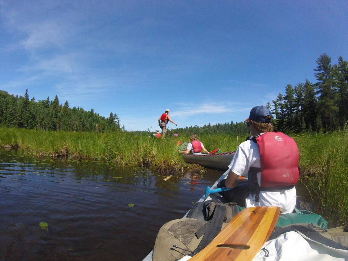 The+writers+often+used+canoes+to+explore+the+nature.