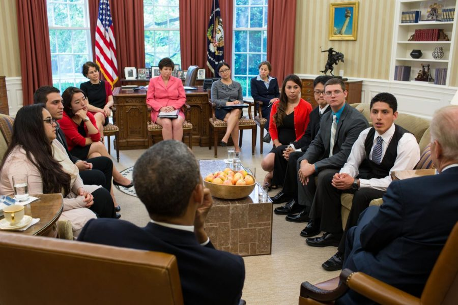 Dreamers+meet+with+President+Barack+Obama+and+Vice+President+Joe+Biden+to+share+their+experiences+in+America.