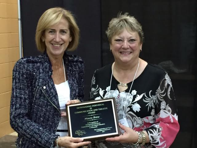 Coach Maura Brew wins speech award