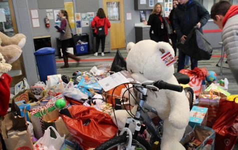 BSM donates to Toys for Tots