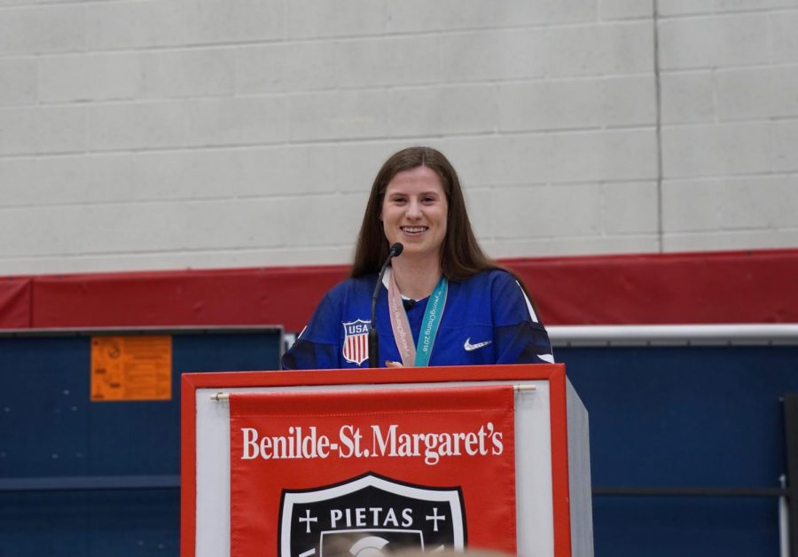 Olympic gold medalist and BSM alum, Ms. Kelly Pannek, visits BSM