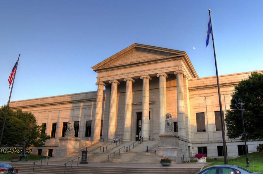 Minneapolis Institute of Arts offers art classes for students