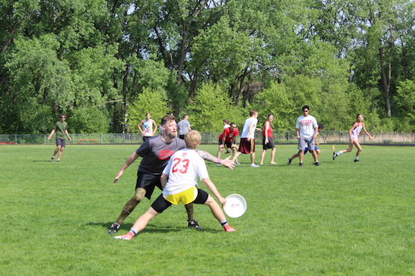 On Wednesday, May 23, BSM students took on teachers and alumni for a friendly game of ultimate frisbee. In the end, the adults won with 15-9.