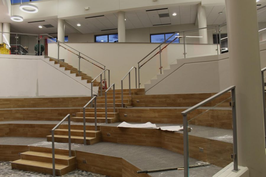 A tiered space allows for performances, lectures, speeches, meetings, and provides a hang out location for students.