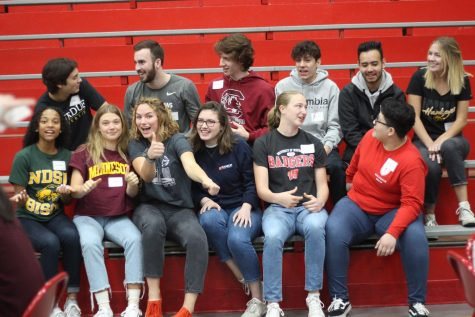 BSM welcomes first a cappella group the Red Knotes
