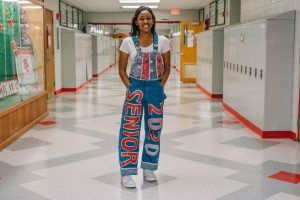Senior overalls light up halls with BSM spirit