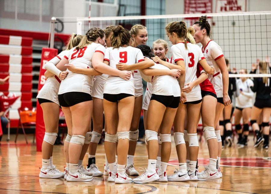 The+girls%E2%80%99+varsity+volleyball+team+finished+their+season+with+a+tough+loss+to+St.+Louis+Park+in+Sections.