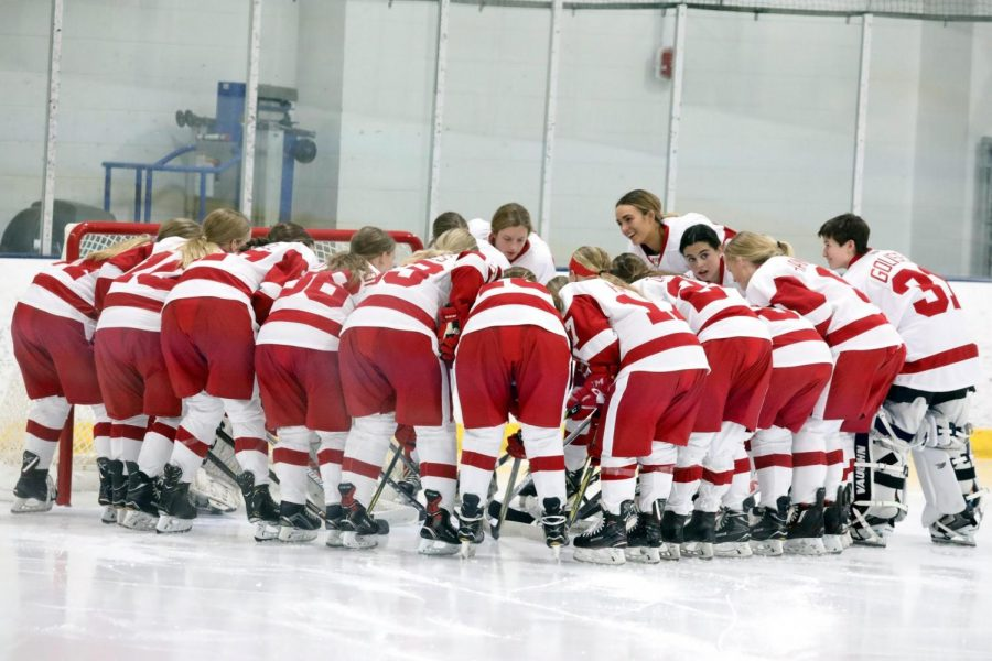 The girls hockey team last year, preparing for the game
