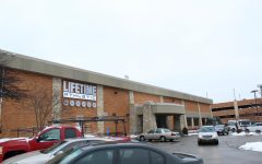 Students work at new Lifetime location