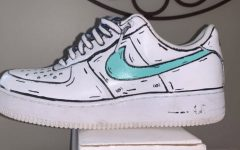 Sophomore customizes students' Air Force Ones