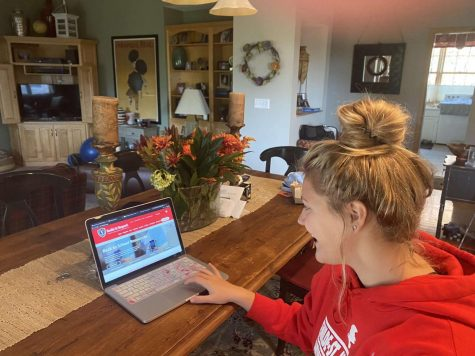 New sophomore Carlie Pankonin grinds out school online at her house. Many new-to-BSM students came because of the opportunity to attend school in person, not just online.