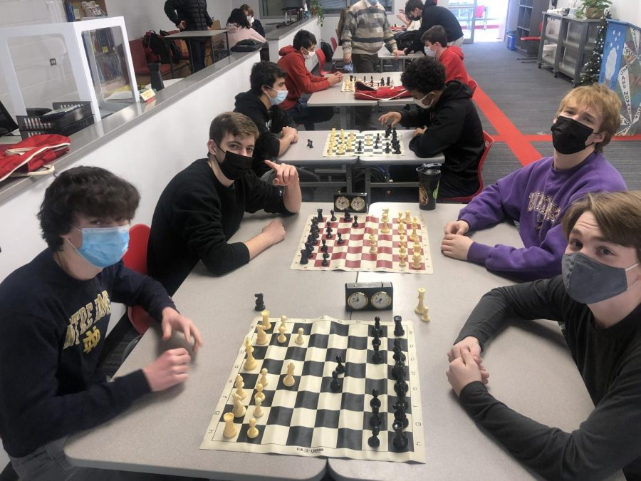 BSM%27s+chess+club+competes+for+glory.