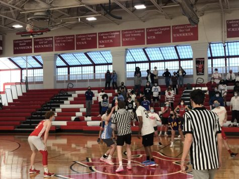 Students win tip-off with help from refs.